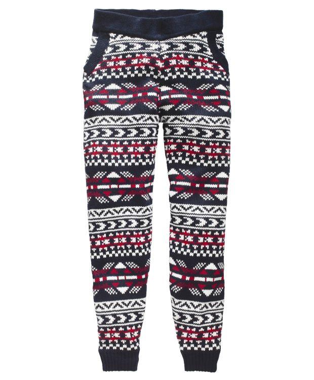Redhill Strikket bukseStrikket bukse fra Redhill i herlig mønster. Buksen har elastikk i midjen og skrå lommer i siden. 100% akryl