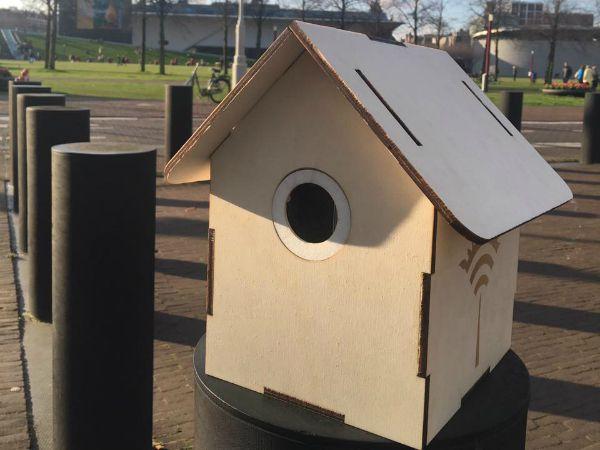 鳥の巣型の大気モニタリングデバイス「TreeWiFi」