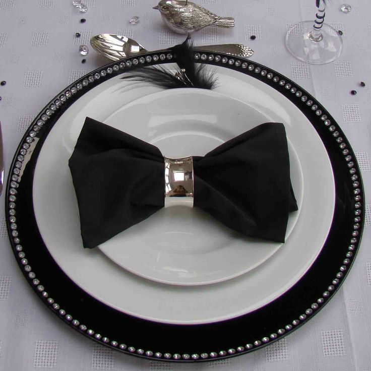 I think this would be really cute for father's day because it looks like a bow tie (minus the bird of course). I also think this would be great for a black tie event.   white plate | Home Who we are Interior Design Garden Design Weddings and Events ...