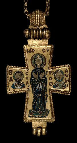Ľudia nosia na retiazkach krížik. Väčšinou kresťania. Ale vlastne odkedy nosíme krížik, na krku? Na počudovanie, nezačali stým kresťania v...
