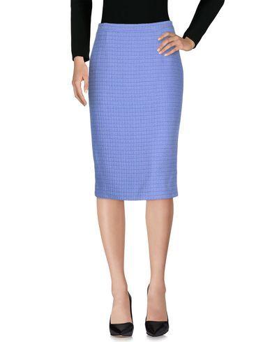 BLANCA Falda corta mujer. tweed, monocolor, sin aplicaciones, cierre con cremallera y corchete, cierre trasero, sin bolsillo, interior forrado, modelo tubo, faldacorta, minifaldas, minifalda, corta, minifaldatubo, cortas, mini, wool-blendminiskirt. Falda corta  de mujer color púrpura claro de BLANCA.
