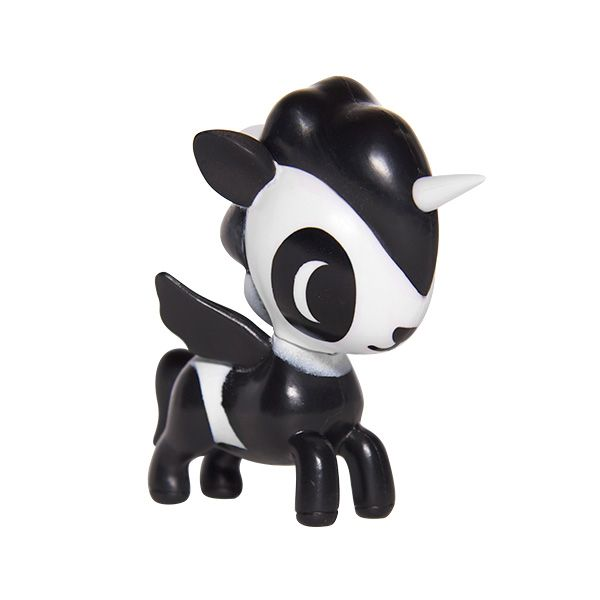 I so crave Bambu, one of the Unicorno Series 2 by #tokidoki. Love…