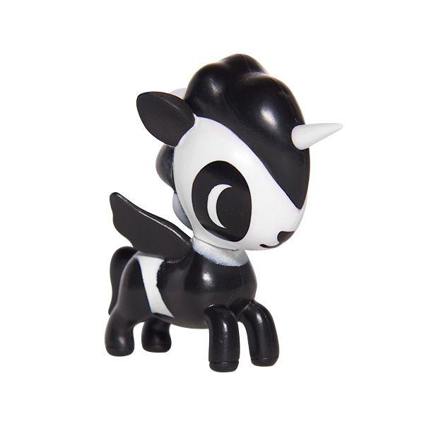 I so crave Bambu, one of the Unicorno Series 2 by #tokidoki. Love…