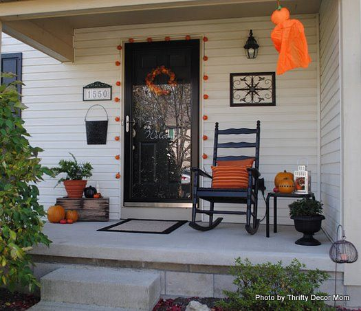 fall outside decorating ideas | orange and black make for exquisite halloween outdoor decorating ideas