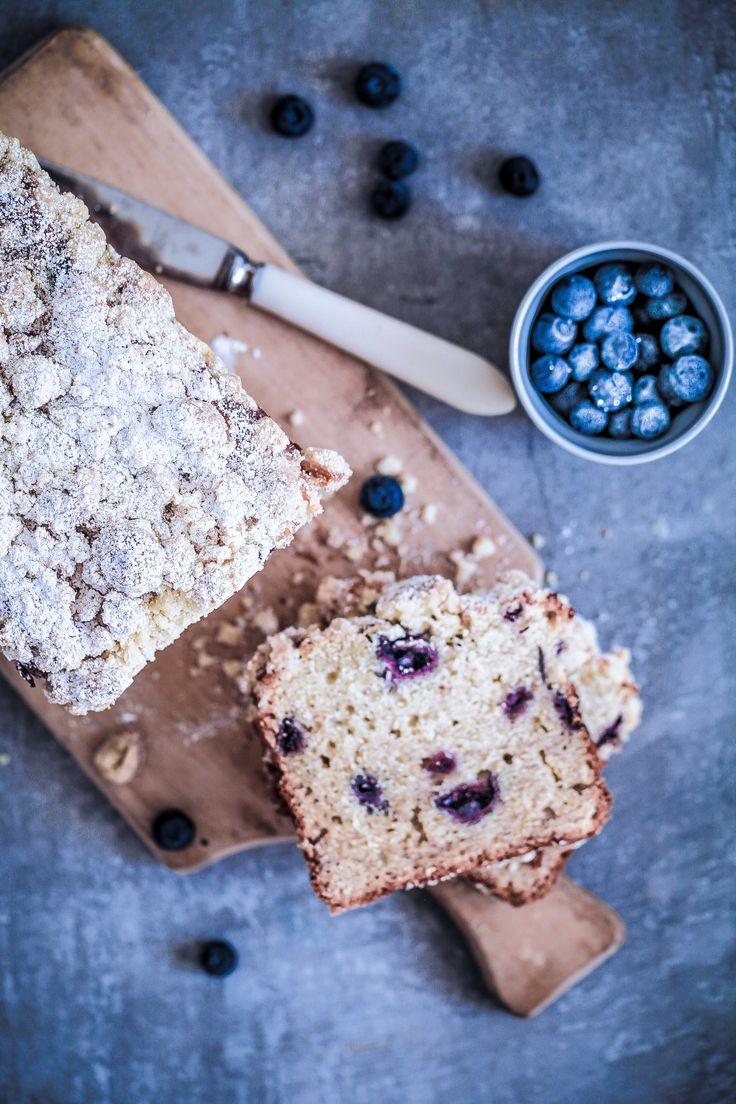 Backrezept Rezept Bananenkuchen Bananenbrot mit Blaubeeren und Streuseln Streuselkuchen Blaubeeren Wilde Blaubeeren Kanda Zuckerzimtundliebe Foodblog Backblog Wild Blueberries of Canada-9
