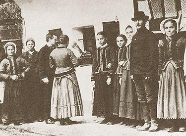 Hungarian genealogy resources at http://www.hungaryexchange.com/