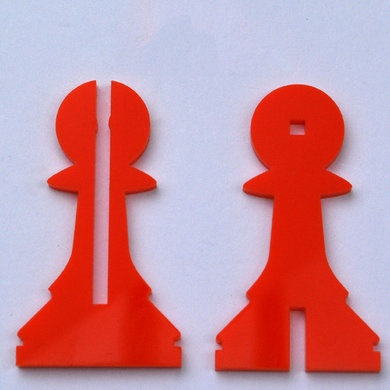 Ponoko chess set - I love this idea. Could personalise the pieces.