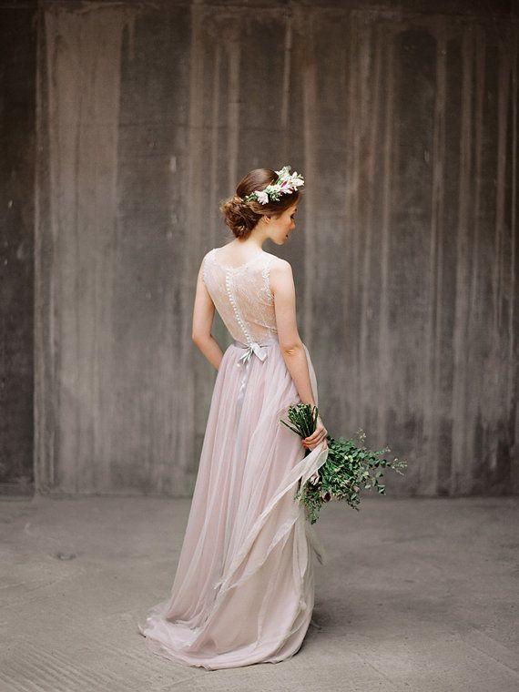 Uljana / / back-Kleid Illusion-hintere von Milamirabridal auf Etsy