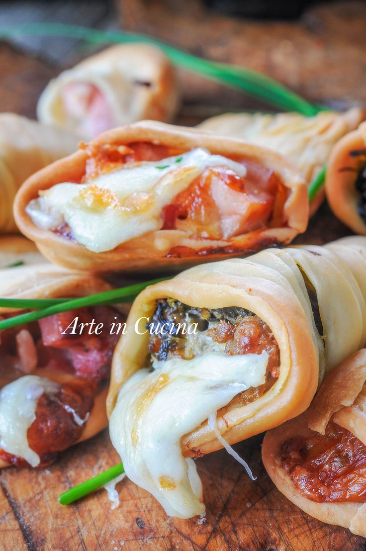 #Sfogliatelle ricce salate ripiene ricetta napoletana vickyart arte in cucina