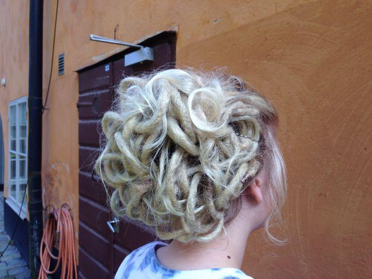 Dreadlock updo made by Seienstyle #dreadlock updo #dread updo #dreads #dreadlocks #dreadhead #dreadlock tutorial #dreadstuff #seienstyle