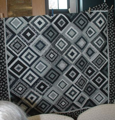 103 best great black and white quilts images on pinterest for Black white and gray quilt patterns