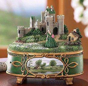Celtic Music Box-I would love this...I wonder what it plays?