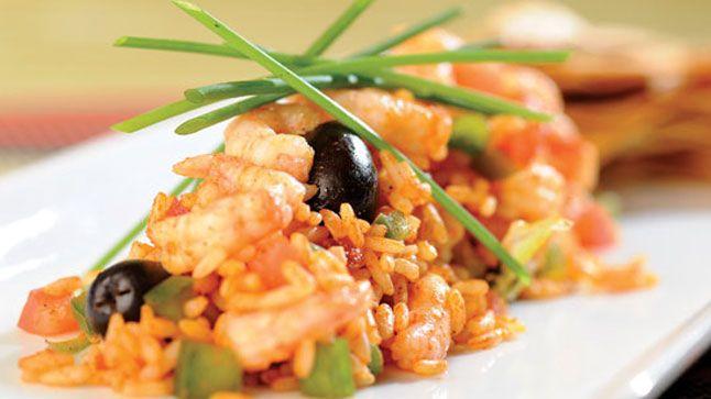 Cette délicieuse salade de riz aux crevettes de Matane a de quoi plaire à tous les amateurs de fruits de mer!