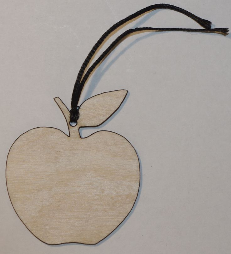 Apple gift tag approx 50mm in size 25p each or 20p if you want 20 or more