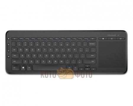 Клавиатура Microsoft All-in-One Media черный  — 2210 руб. —  интерфейс USB, для ноутбука, классическая конструкция, клавиш: 86, дополнительных: 7