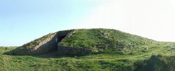 Entrance and mound of Barclodiad y Gawres