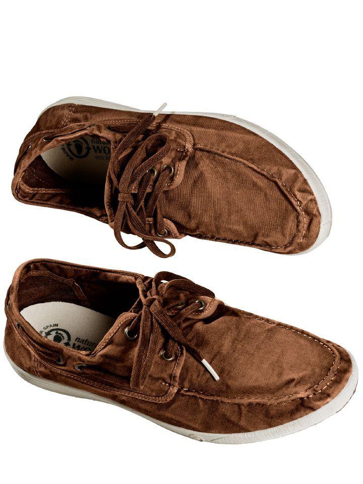 SNEAKER NAUTICO ENZ #naturalworldshoes. Made in Green. Für ihre Schuhe verwendet die spanische #Schuhmanufaktur ausschließlich ökologische Materialien. Der #Schuh selbst ist aus Baumwolle, die Sohle aus flexiblem #Naturkautschuk. Schuh und Sohle wurden unter hohem Druck und hoher Temperatur miteinander verschmolzen. #lehm #braun www.mey-edlich.de