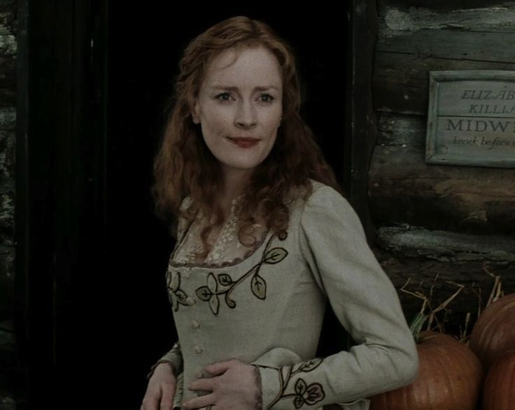 Claire Skinner in Sleepy Hollow
