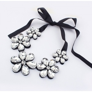 flower necklace 3