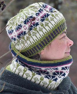 Ravelry: Bluebottle flower hat pattern by Jajuska Justyna Haberkowa