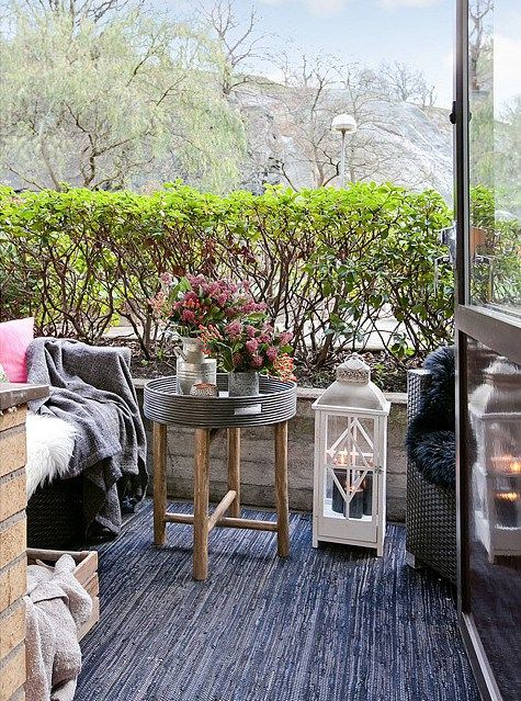 meer dan 1000 idee n over table de balcon op pinterest. Black Bedroom Furniture Sets. Home Design Ideas