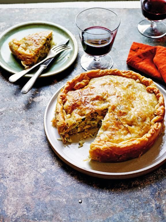 The Mediterranean diet has been called 'the diet to end them all'. Chicken & Rice Pie #recipe