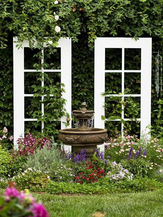Double Duty  cuteGardens Ideas, The Doors, French Doors, Salvaged Doors, Old Windows, Gardens Trellis, Gardens Doors, Outdoor Spaces, Old Doors