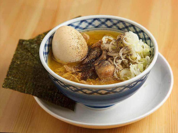 【煮込みのうまい店はただしい!】西荻窪『焼鳥どん』のセンベロとは思えない仕込みと肉料理