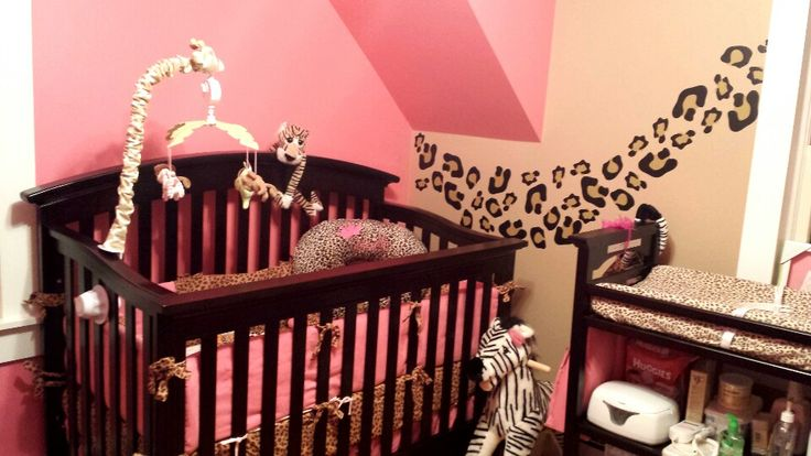 Cheetah or leopard print baby bella maya crib set with pink and leopard accent walls