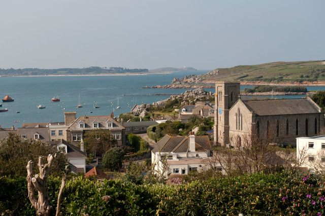 (PHOTO: © John Bradshaw / Alamy)  Top 10 islands in the UK (according to TripAdvisor):  10. St. Mary's, Isles Of Scilly  St. Mary's is the largest of the Scilly Isles archipelago and the only island in the group to have a road network and cars. The only way to access the island is via plane from Newquay or on the Scillonian passenger ferry which runs between Penzance and St. Mary's.