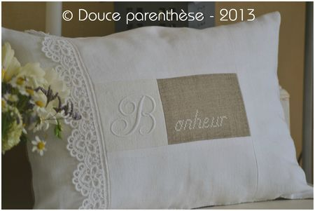 coussin monogramme + broderie