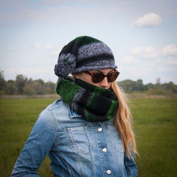 Black Green Women Hand Knitted 2 Set / Grey Black Green Pompom Beanie + Striped Neckwarmer / Fall Winter Virgine Wool Warm Two-Piece Set /