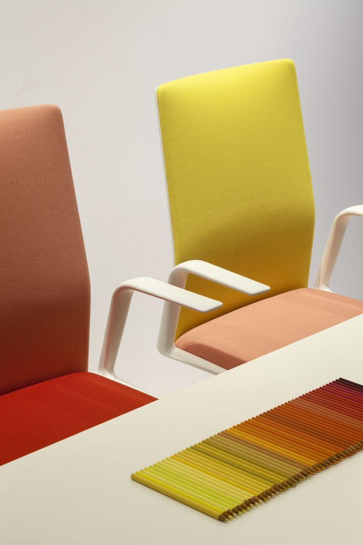 Kinesit chair Lievore Altherr Molina #Arper Photo Constantin Meyer
