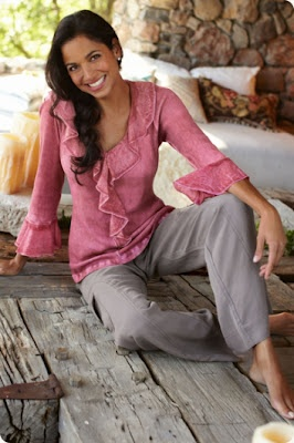 Enter to Win This Beautiful Top from Soft Surroundings: In Style, Lace Tops, Vintage Ruffles, Ribs Knits, Vintage Wardrobe, Soft Surroundings, Silk Tops, Ruffles Tops, Pink And Gray