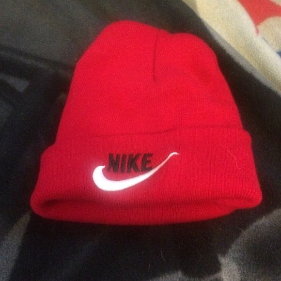Red Nike Hat Wore a couple times like New boys or Girls Nike Other