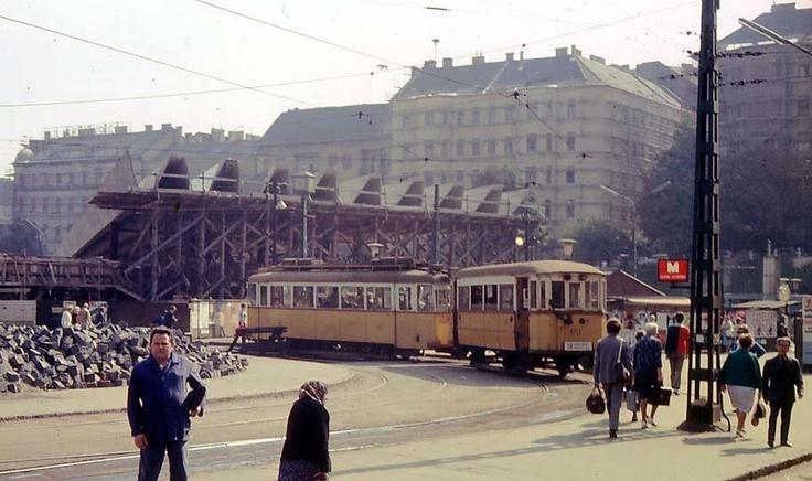 """Széll Kálmán tér (anno Moszkva tér, még """"annóbb"""" Széll Kálmán tér)"""