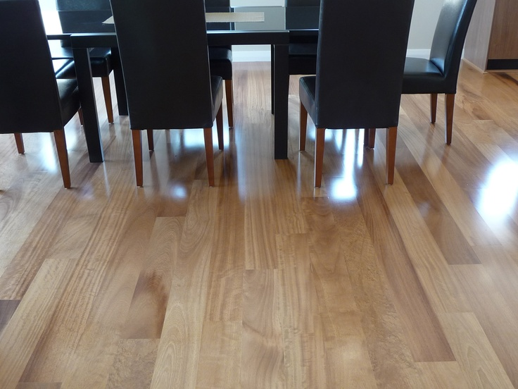 Kambala from the Carpet Call Cezanne range of floating engineered flooring products. 1820 x 145 x 14mm
