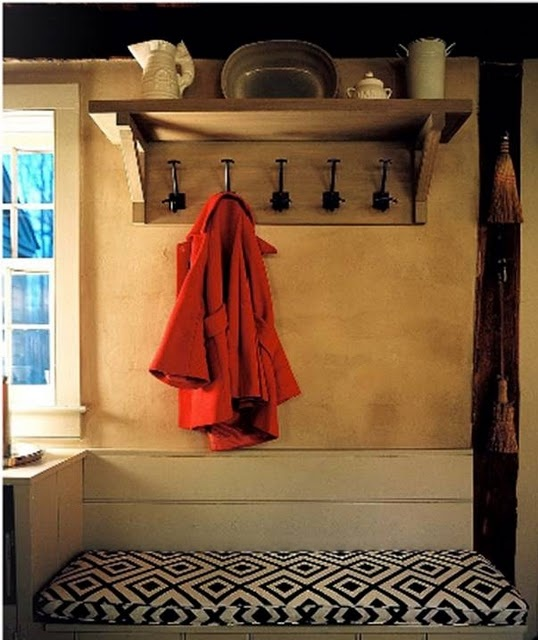 the perfect coat rack.: Cottage Ideas, Hooks Photos, House Ideas, Bench Photo, Design Ideas, Coat Hooks, Coat Racks, Coats