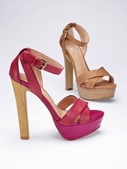 """Colin Stuart """"The City Sandal""""  Comes in about 6 or 7 colors.  You can rock this shoe anytime."""