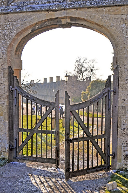 Historical gateway in the Cotswold town of Chipping Camden, England