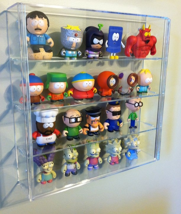 These display cases are awesome! They might seem like a simple design but they act like a picture frame for items! They're super high quality and great for collectables, KidRobot Toys, Disney Vinylmation or anything! @KidRobot #Display #Art #Collectables @marylika @Talia @shealak @dionne72rocks @pleyis @antlers @toastyoatey @lorriemez @jessicagerdel @blvndrms7 @hellodisney @jenmarie @kayewl @edlarom @srandall96 @rachel_greenley @emsq @deananas999 @annatford