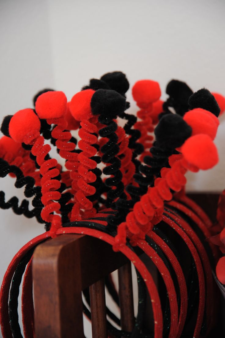Ladybug headbands-- for the little ones at the party!