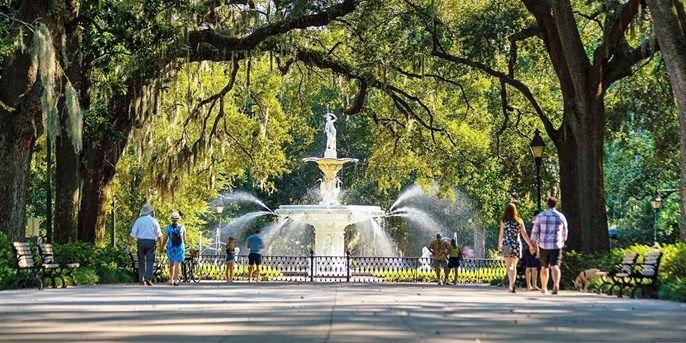 $119 – Savannah: Historic District Suites w/Parking & Breakfast -- Savannah, GA
