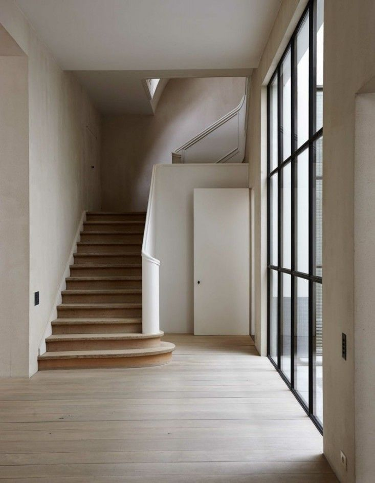 """""""The Curved Stairwell"""" Finally something Jim will like! From; 2016 decor trends via Remodelista. Vincent Van Duysen Staircase   Remodelista"""