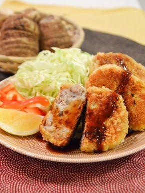 旬の里芋でコロッケを♪油で揚げるのではなくフライパンで焼くので、油の量を減らせてヘルシー。外はサクサク、中は里芋のねっとり感が美味しいです。 ところで、里芋というと古くから日本で食べられているイメージがありますよね。インド原産の里芋が日本に伝わったのは、なんと縄文時代。縄文人の主食だったという説もあります!