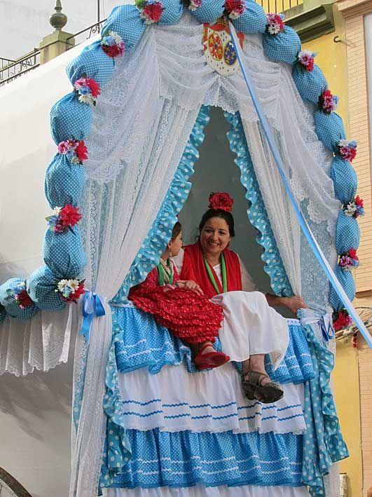 Repineo de la Salida de la Hermandad de Triana de camino hacia la aldea  #turismo #turismoandaluz #huelva #almonte #elRocío #Romeria2015 #RocioChico #Aventurole #aventura #turismocultural #ExperienciaRociera