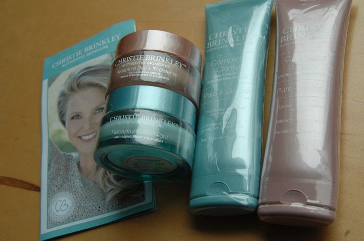 Christie Brinkley 4-piece Skin Care Essentials Set  Sealed  SPF EXP: 10/2018