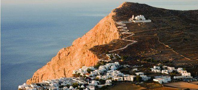 H Φολέγανδρος στη λίστα του CNN με τα 7 ομορφότερα χωριά της Ευρώπης