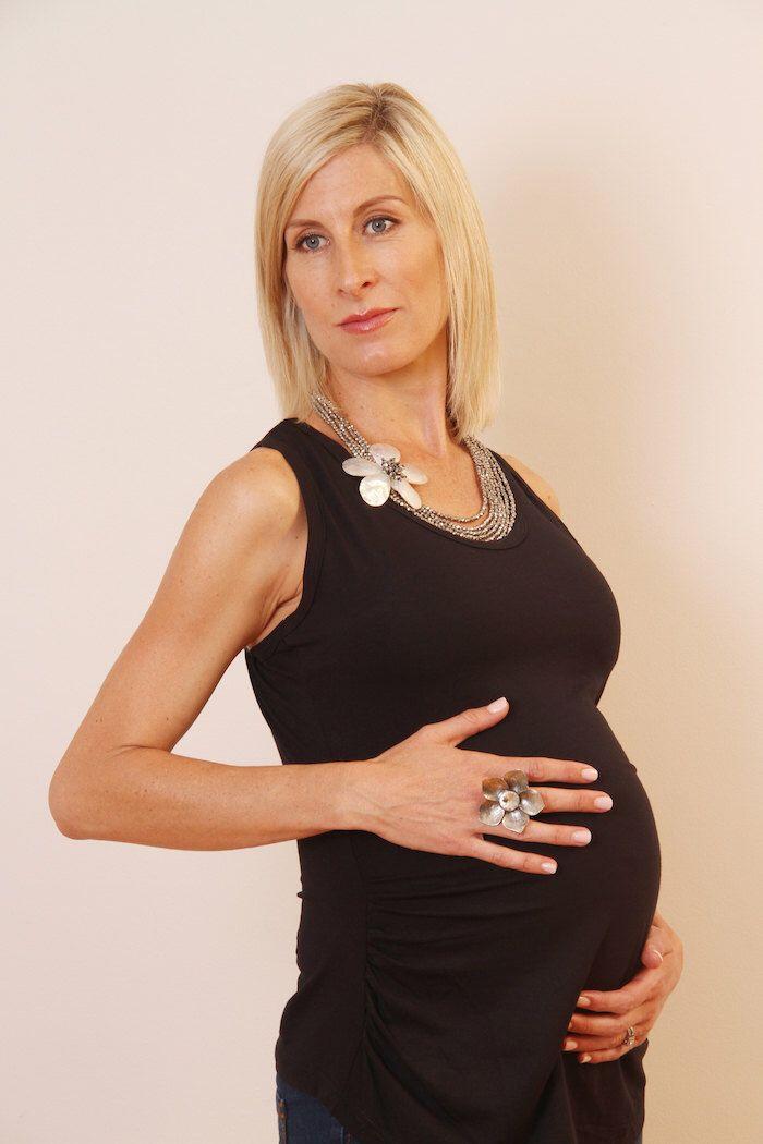 P&B Maternity Tank, Black; Maternity Shirt; Preggy Tank; Preggy Shirt; Maternity Tank; Black Shirt; Black Tank by PenelopeAndBella on Etsy https://www.etsy.com/listing/386332530/pb-maternity-tank-black-maternity-shirt
