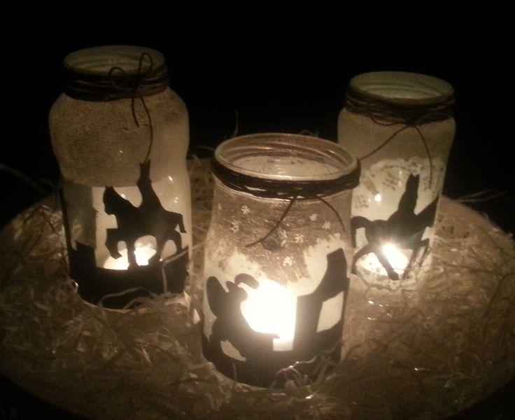 Ik heb sinterklaas sfeerlichten gemaakt van groentepotten, gesso en krijtbordfolie. Sinterklaas, zwarte piet, silhouette, theelichten